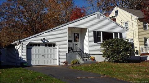 54 Colonial Blvd, West Haven, CT 06516