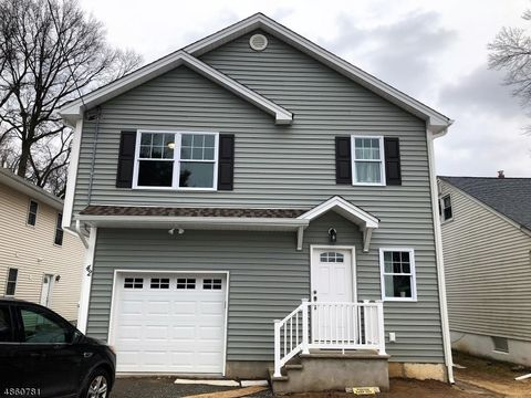 Photo of 42 Deerfield Rd, Parsippany Troy Hills Township, NJ 07054