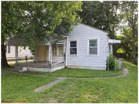 1613 Kildare Ave, Indianapolis, IN 46218
