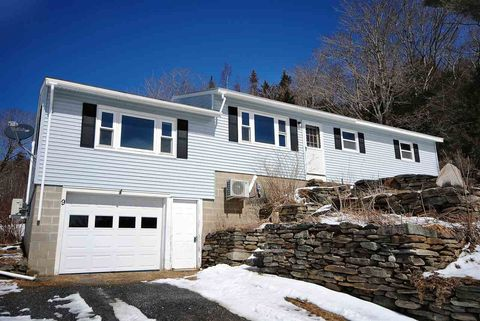 Photo of 9 Valley View Rd, Dover, VT 05356