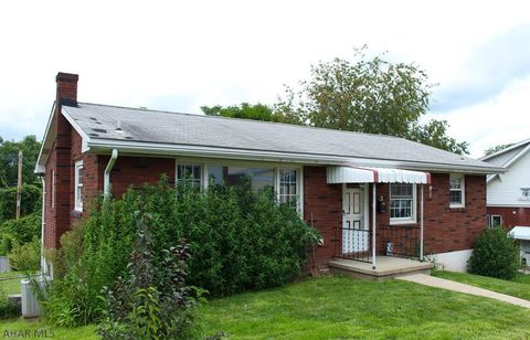 Photo of 1818 2nd Ave, Altoona, PA 16602