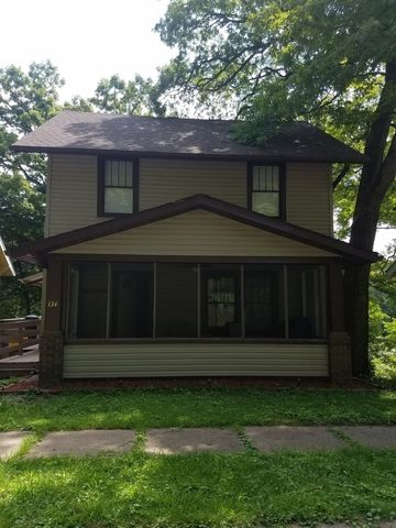 Photo of 134 Dewhurst St, Savanna, IL 61074