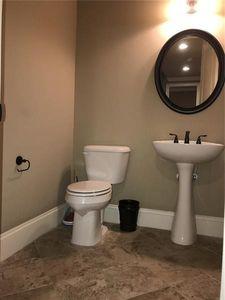 245 Gucci Cir, Stockbridge, GA 30281   Bathroom