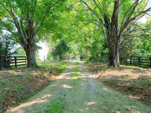 Photo of 7935 Old Green Mountain Rd, Esmont, VA 22937