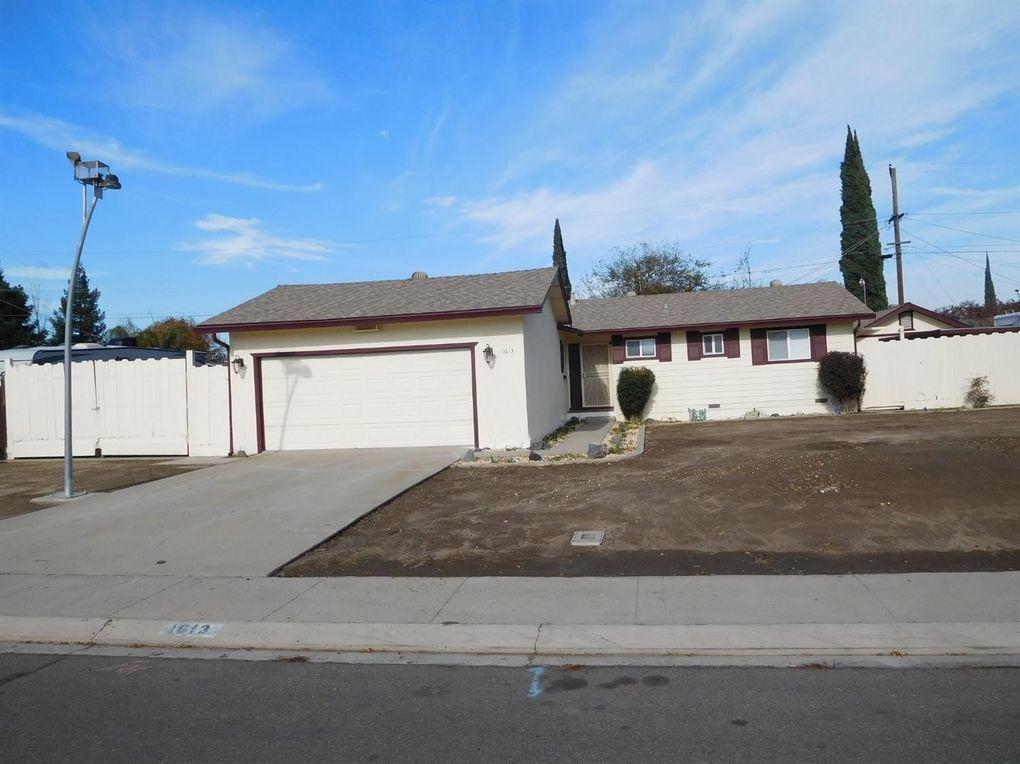 1613 Thorsen Ave, Modesto, CA 95355