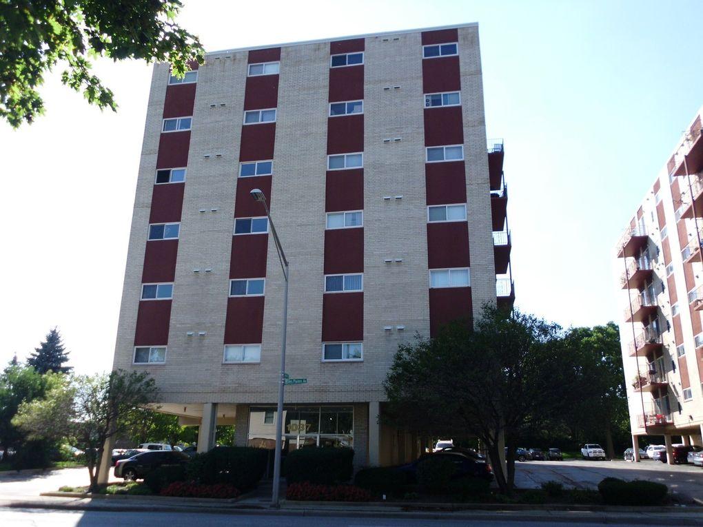 1037 Des Plaines Ave Apt 301, Forest Park, IL 60130