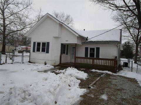 Photo of 404 E Martin St, Perry, MO 63462