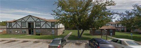 Photo of 101 Pecan St, Grandview, TX 76050