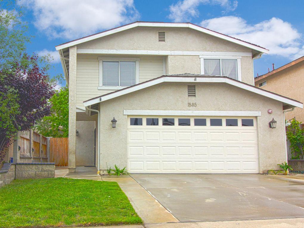 1585 Matthews Ave Ventura, CA 93004