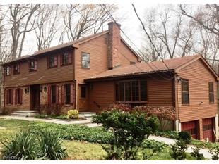 <div>38 Old Mill Rd</div><div>Chester Township, New Jersey 07930</div>
