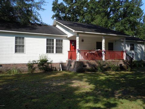 328 Hamer St, Fair Bluff, NC 28439