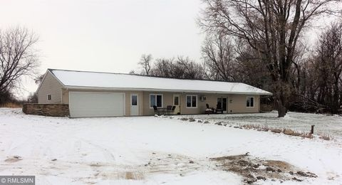 58503 140th St, Cosmos, MN 56228
