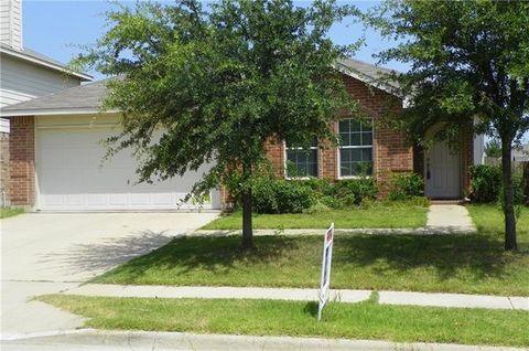 12609 Shady Cedar Dr, Fort Worth, TX 76244