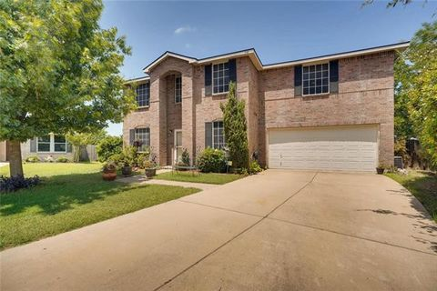 Photo of 340 Snapdragon Ct, Burleson, TX 76028