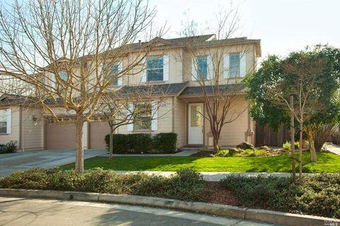 Photo of 2396 Tedeschi Dr, Santa Rosa, CA 95403