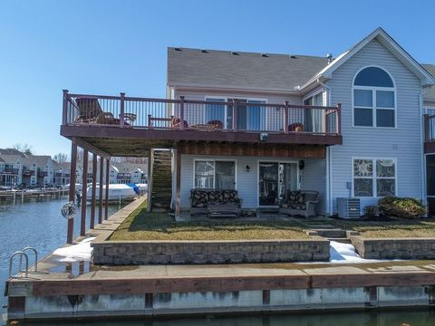 7920 Anne Bonny Ct, Russells Point, OH 43348