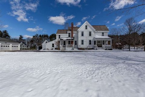 Photo of 35 Bedford Rd, New Boston, NH 03070