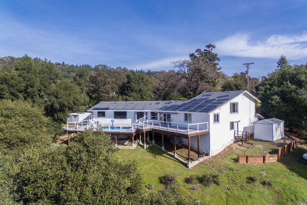 26851 Mountain Pine Rd, Cloverdale, CA 95425