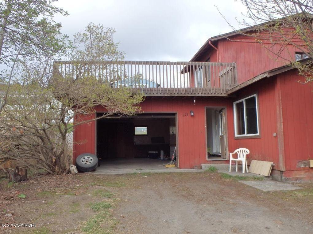 678 Rangeview Ave, Homer, AK 99603