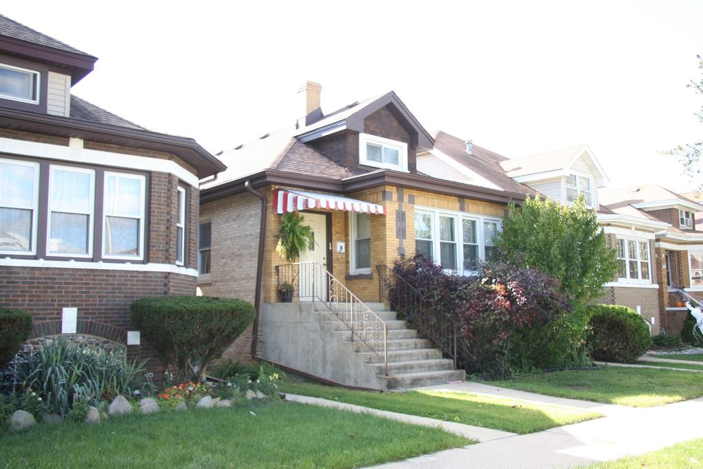7845 W Cressett Dr Elmwood Park, IL 60707