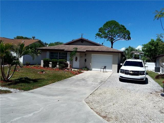 27 5th St, Bonita Springs, FL 34134