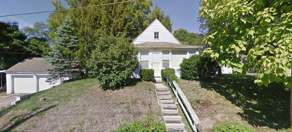 1127 Traver Rd Ann Arbor, MI 48105