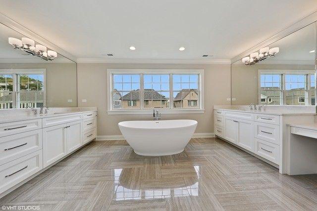 160 joanne way elmhurst il 60126 realtorcomr for Adjustment bureau bathroom scene