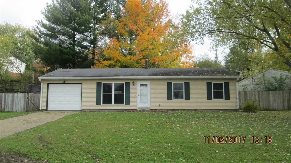 52 Strawhat Dr, Lafayette, IN 47909
