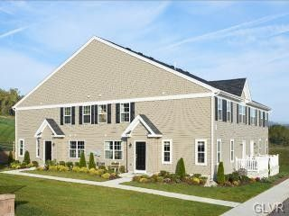 6008 Valley Forge Dr, Upper Saucon Township, PA 18036