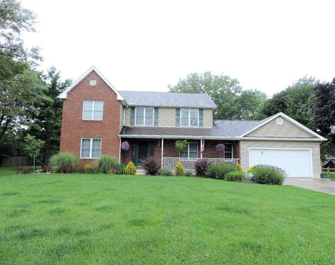 Photo of 8050 W Ridge Dr, Broadview Heights, OH 44147