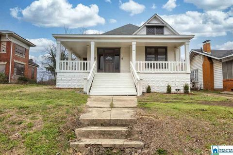 Photo of 1626 Berkley Ave, Bessemer, AL 35020