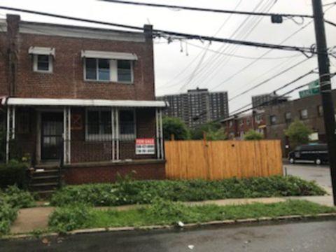 3002 Grace Ave, Bronx, NY 10469