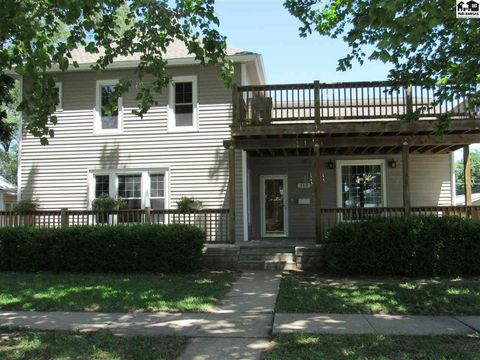 Photo of 112 N 6th St, Sterling, KS 67579