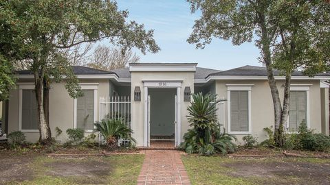 Gulfport Ms Waterfront Homes For Sale Realtorcom