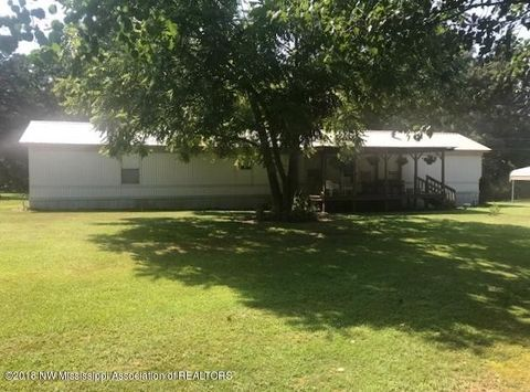1884 Ranchtown Rd, Hickory Flat, MS 38633