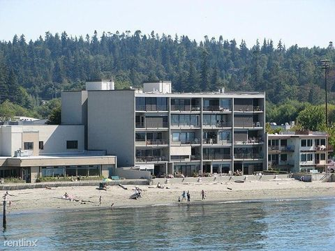 Photo of 200 Beach Pl, Edmonds, WA 98020