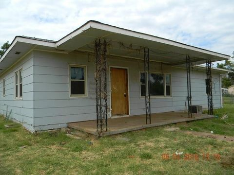 Photo of 415 S 4th St, Canute, OK 73626