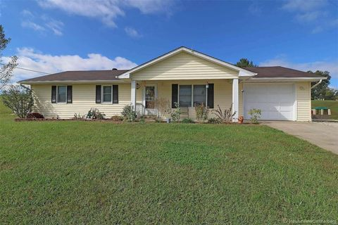 Photo of 1925 County Road 349, Jackson, MO 63755