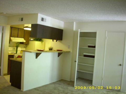 Photo of 220 California St, Woodland, CA 95695