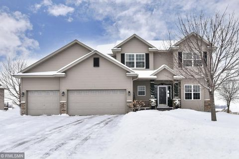 Photo of 995 Barnes Lake Dr, Norwood Young America, MN 55397