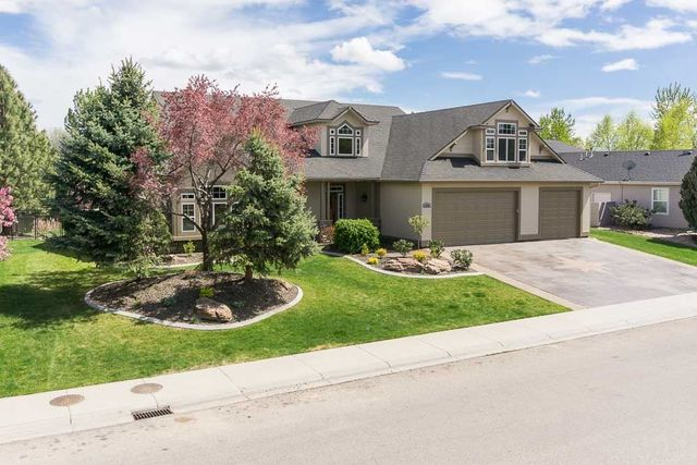 6202 N Aspen Glen Way Garden City Id 83714 Home For Sale Real Estate