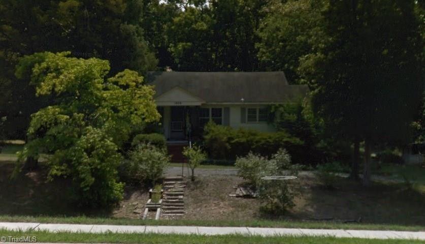 Merveilleux 1906 New Garden Rd, Greensboro, NC 27410