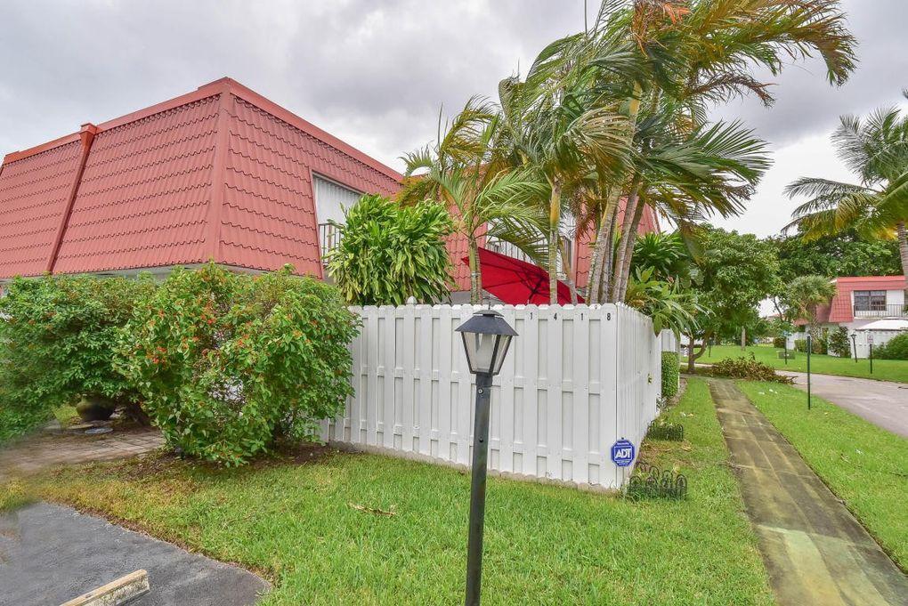 1418 Oxford Ln # B15, Boynton Beach, FL 33426