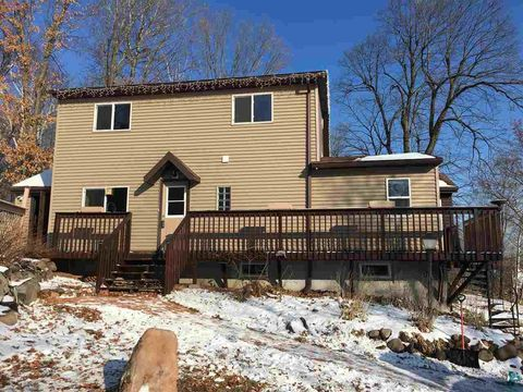 Photo of 7207 Clay St, Duluth, MN 55810