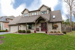 921 rolling pass glenview il 60025 for 1048 terrace lane glenview il