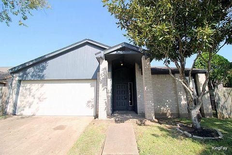 8526 Fawn Terrace Dr, Houston, TX 77071
