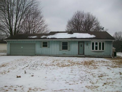 Photo of 53673 Bruce Dr, Bristol, IN 46507