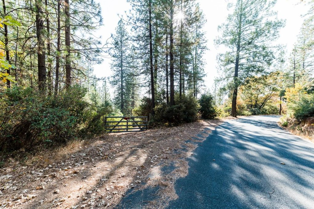 2720 Iowa Hill Rd, Colfax, CA 95713