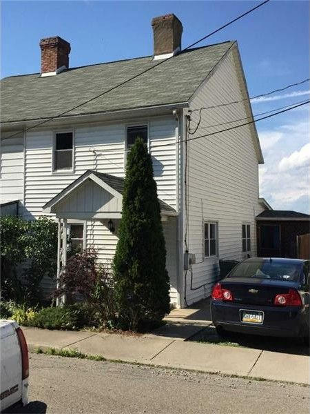19 Maple St, Ellsworth, PA 15331