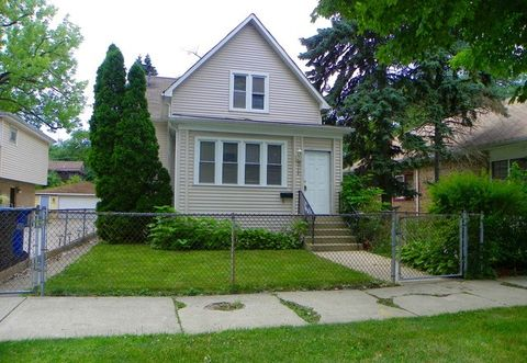 9748 S Charles St, Chicago, IL 60643